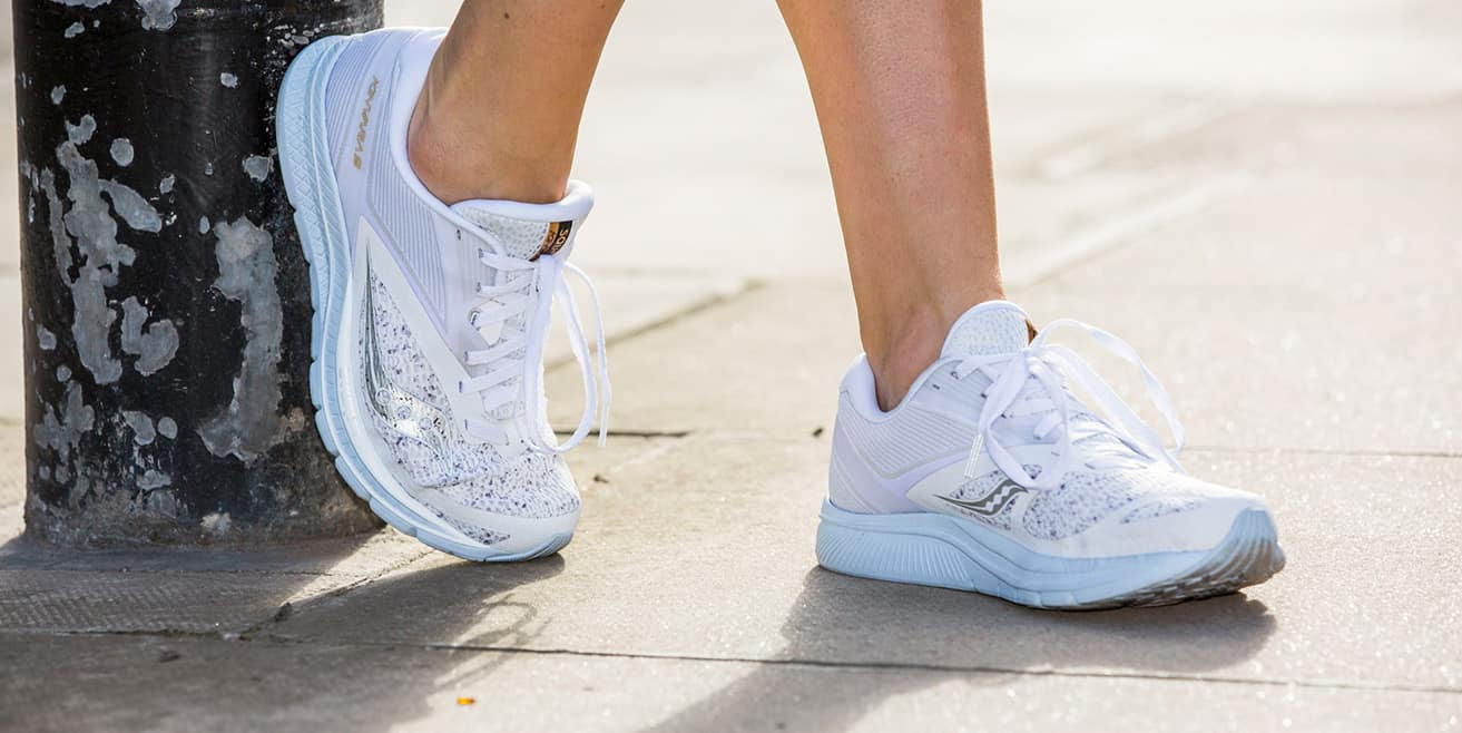 https://brandnation.co.uk/wp-content/uploads/2020/04/saucony-white-noise.png