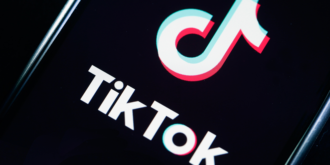 tik-tok-blog-what's-the-deal-with-tik-tok