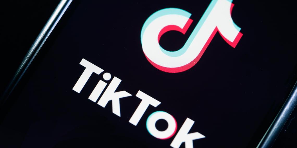 tik-tok-blog-what's-the-deal-with-tik-tok